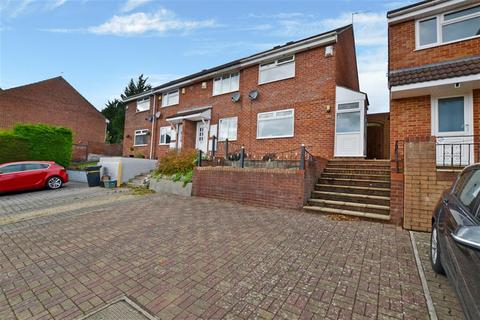 2 bedroom end of terrace house to rent - Peart Drive  , Bristol, BS13 8PA