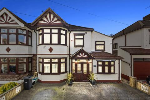 4 bedroom semi-detached house for sale - Beattyville Gardens, Ilford, IG6