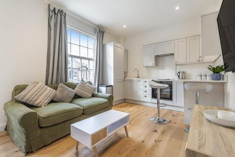 2 bedroom flat for sale - Freedom Street, Battersea