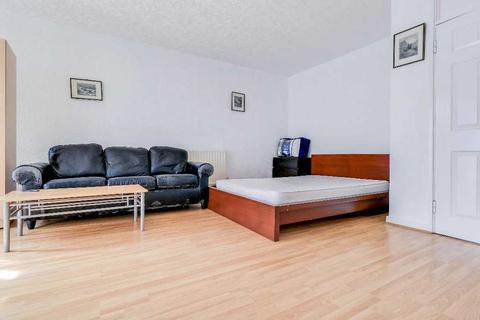 3 bedroom apartment to rent - Weymouth Terrace, Haggerston