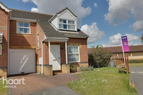 3 bedroom semi-detached house for sale - Lupin Road, Lincoln