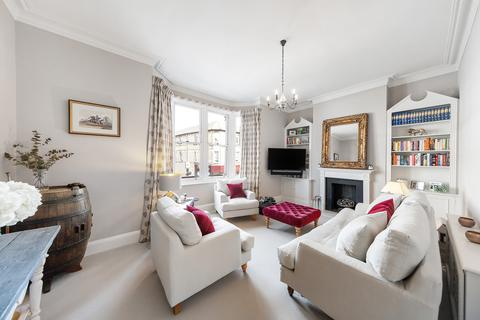 2 bedroom flat for sale - Fulham Palace Road, London, W6