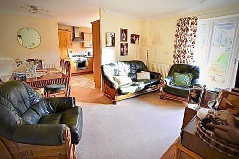 1 bedroom retirement property for sale - Stoneleigh Road, Ilford, Essex. IG5 0JX