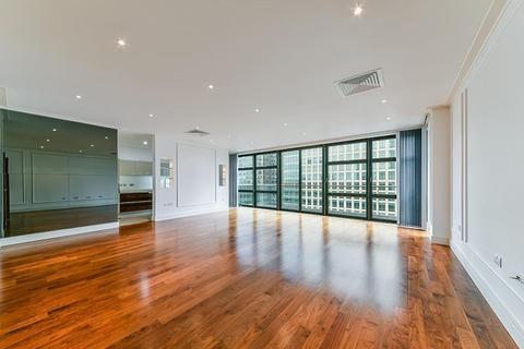 3 bedroom apartment to rent - Discovery Dock Apartments West, South Quay Square, Nr Canary Wharf, London, E14