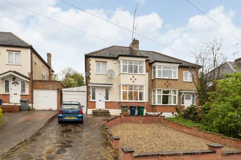 3 bedroom semi-detached house to rent - Buxted Road, London, N12