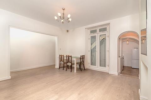 2 bedroom flat to rent - Basement, Pembroke Road, London, W8