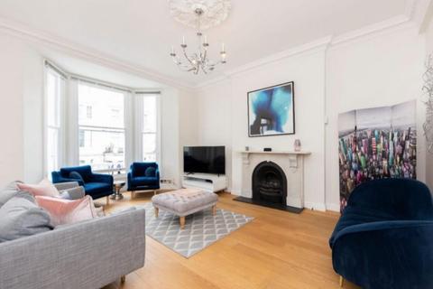3 bedroom flat to rent - Lexham Gardens, London W8