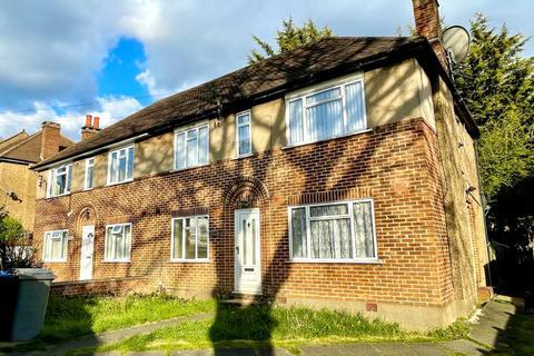 2 bedroom maisonette for sale - Uphill Drive, Kingsbury, London, NW9