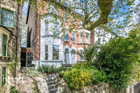 2 bedroom flat for sale - Thurlow Park Road, London