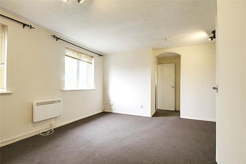 Studio to rent - Gartons Close, Enfield, EN3