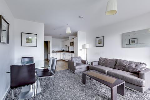 2 bedroom duplex to rent - Parkside Court, Booth Road, E16