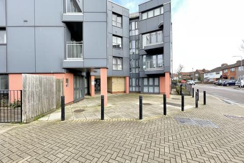 Studio to rent - Invito House, Gants Hill, IG2