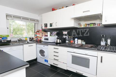 3 bedroom flat to rent - Boundary Road