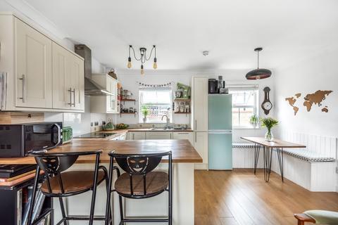 2 bedroom flat for sale - Grenard Close Peckham SE15