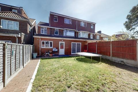 6 bedroom semi-detached house for sale - Cotswold Gardens, Cricklewood, NW2