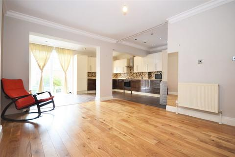 5 bedroom semi-detached house to rent - Gibbon Road, East Acton W3