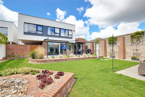 4 bedroom detached house for sale - Sea Lane, Goring By Sea, Worthing, West Sussex, BN12
