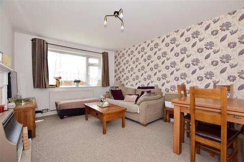 2 bedroom maisonette for sale - Beansland Grove, Chadwell Heath, Essex