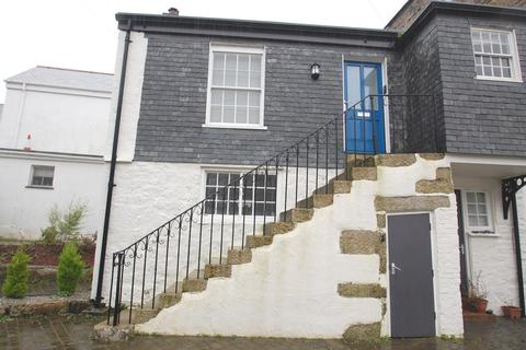 1 bedroom flat to rent - Church Street, Helston