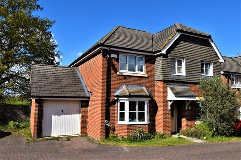 4 bedroom detached house to rent - Twynes Meadow, Hook