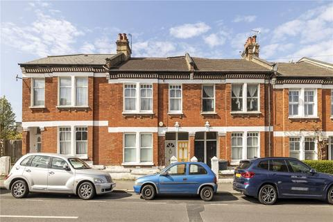 3 bedroom maisonette for sale - Kingswood Road, London, SW2