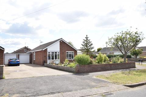 2 bedroom semi-detached bungalow for sale - The Hollies, Willerby