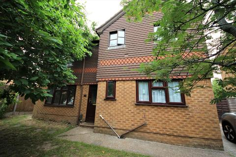 3 bedroom detached house to rent - McWilliam Close, Talbot Village, Poole