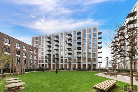 Studio to rent - 10 Nautical Dr, Docklands, London, E16 2SH