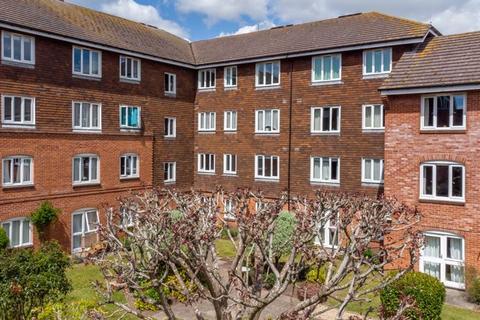 2 bedroom retirement property for sale - Heather Court, Stockbridge Road, Chichester
