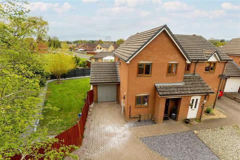 3 bedroom semi-detached house for sale - Plas Newydd Close, Oswestry, SY11