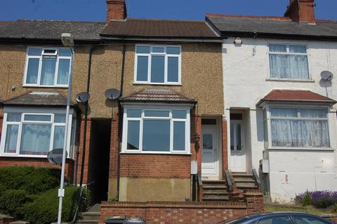 3 bedroom terraced house to rent - Kingston Road, Luton