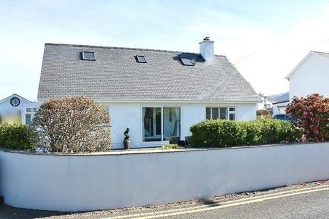 4 bedroom house for sale - Beach Road, Harlech