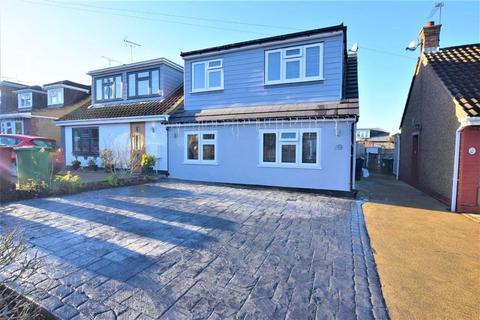 3 bedroom semi-detached house for sale - Birchwood Road, Corringham, Essex