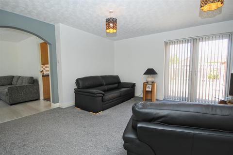 4 bedroom detached house for sale - Millers Walk, Hull