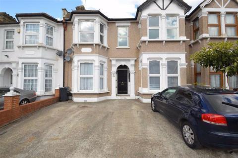 2 bedroom flat to rent - De Vere Gardens, Ilford, Essex, IG1