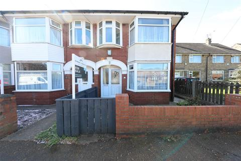 4 bedroom end of terrace house for sale - Barrington Avenue, Hull
