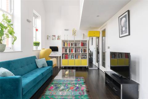 1 bedroom apartment for sale - Pissarro House, Augustas Lane, London, N1