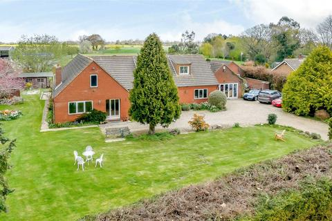 5 bedroom detached house for sale - Sutton Road, Hickling, Norwich, NR12