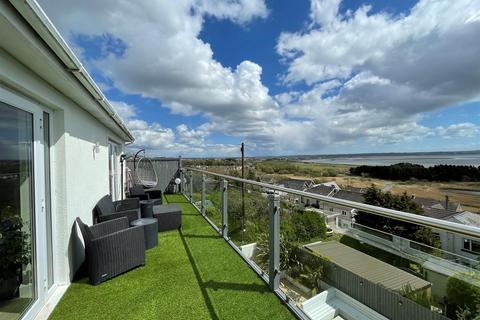 5 bedroom detached house for sale - Myrtle Hill, Pwll, Llanelli