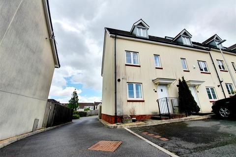 3 bedroom townhouse for sale - Heol Cae Tynewydd, Loughor, Swansea