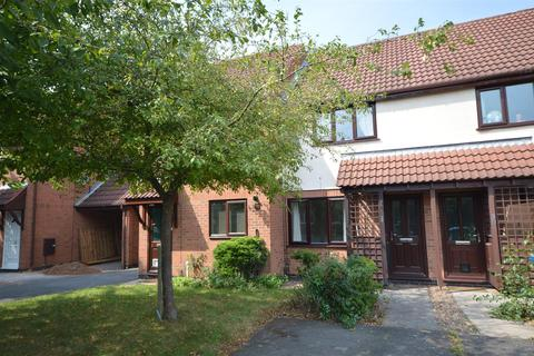 2 bedroom townhouse to rent - Herons Court West Bridgford Nottinghamshire