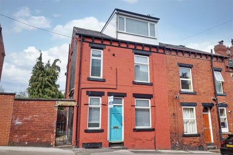 2 bedroom house to rent - Moorfield Grove, Leeds