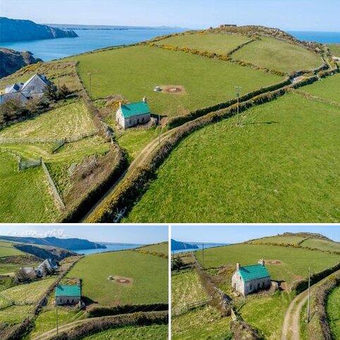 2 bedroom detached house for sale - Trefasser, Pencaer, Nr Goodwick, Pembrokeshire, SA64