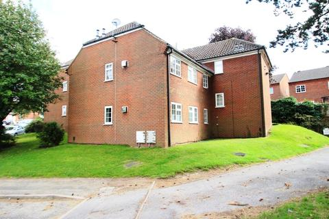 Studio for sale - Somersby Close, New Town, Luton, LU1