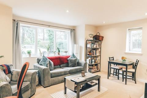 1 bedroom apartment for sale - ONE DOUBLE BEDROOM APARTMENT, WELLINGTON ROAD