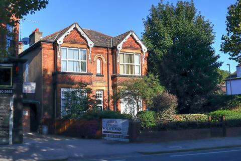 Property to rent - Brighton Road, Surrey, CR2