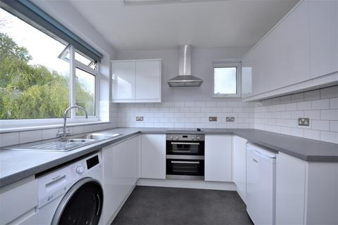 2 bedroom maisonette to rent - Cumberland Road Bromley BR2