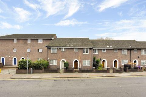 3 bedroom terraced house to rent - White Horse Lane, London E1