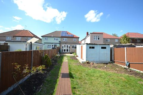 3 bedroom semi-detached house to rent - Kilowen Avenue, Northolt UB5