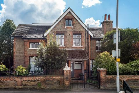 2 bedroom maisonette for sale - Victoria Road, Kingston upon Thames